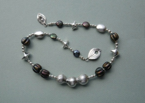 Pod Necklace. Fine silver, glass, freshwater pearls.